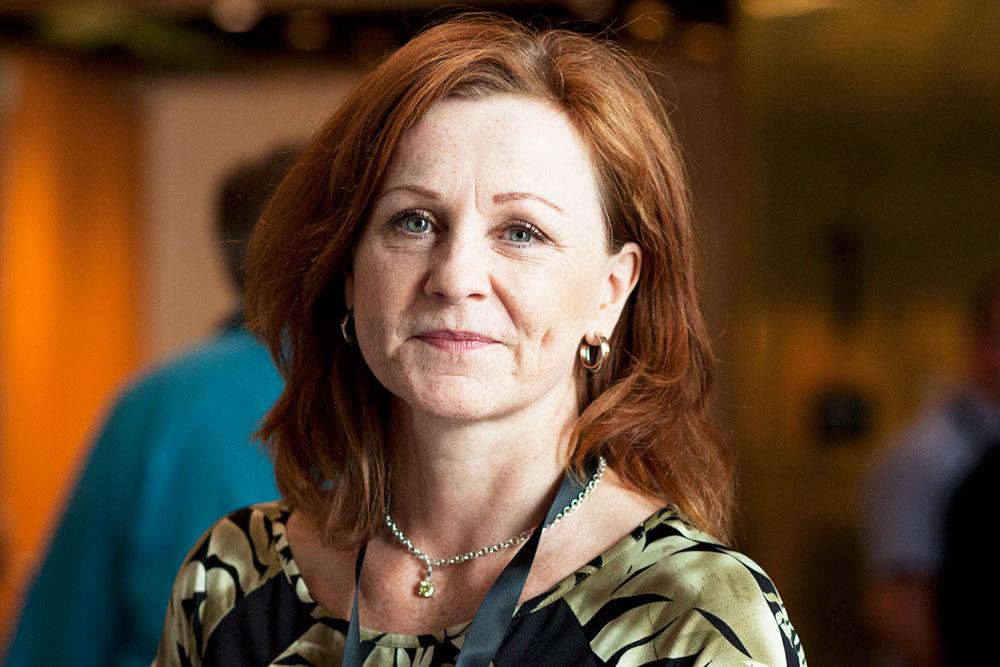 Maria Hollander, vd på Paper Province, var moderator på årsmötet.