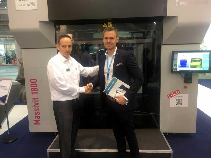 Johan Lidström (till höger) tillsammans med Erez Zimerman från Massivit 3D.