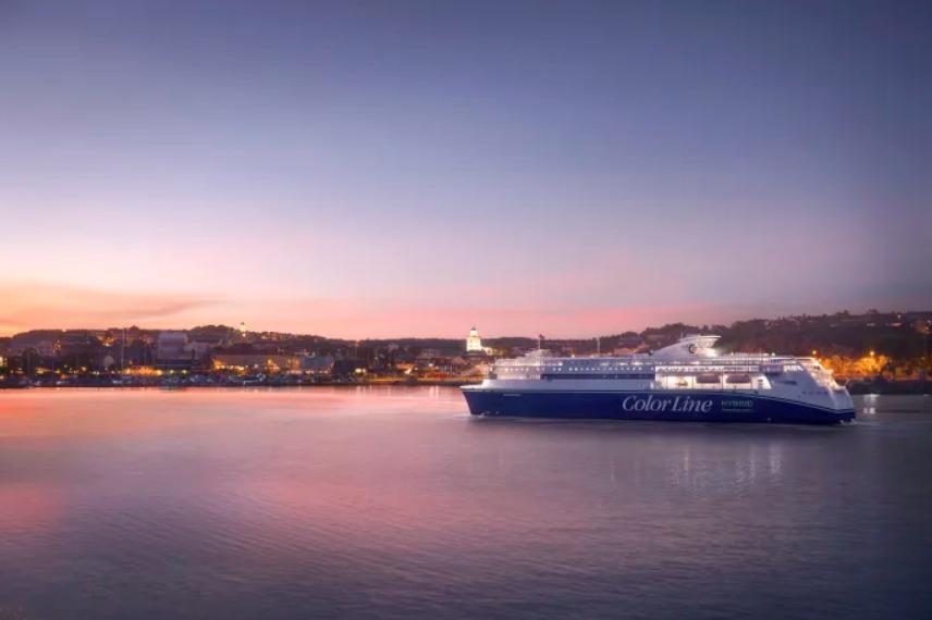 Color Line är det stora hybridfartyget som ska inredas med digitala skyltar.