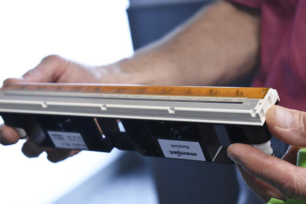 Övre bilden visar Duralink-skrivhuvudet som kom ut på marknaden under 2017. Nedanför ses den senaste innovationen Duraflex.