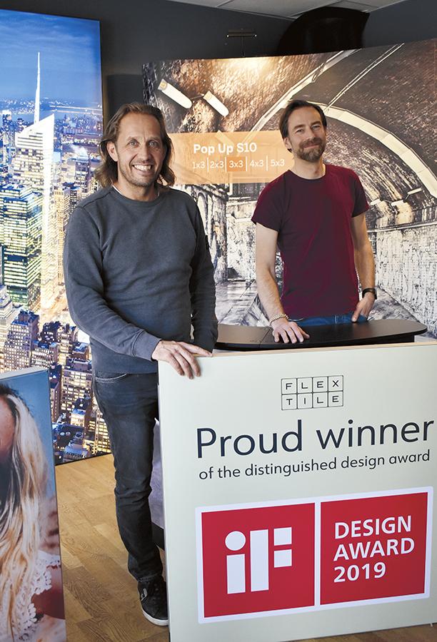 För femte gången har Spennare fått Red Dot Award pris för sin design. Den här gången för Flextile, som viks ihop utan att tyget behöver plockas av.