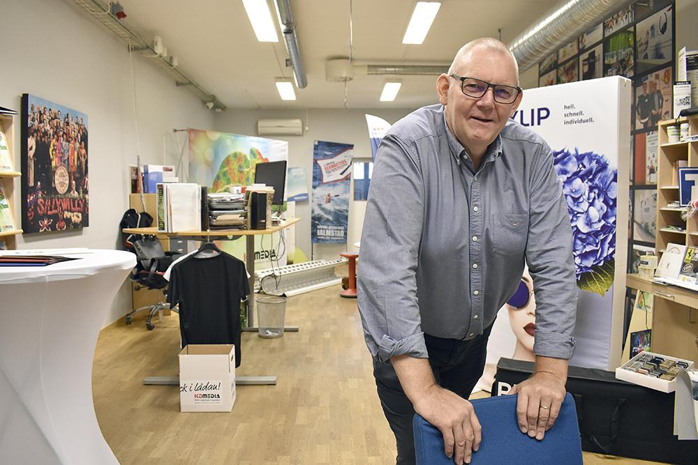 Lasse Sandberg på Halmstadsföretaget KB Media, tidigare Kopieringsbolaget, ser möjligheter med förpacknings- och utskickslösningar.