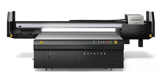 Roland DG lovar högre hastigheter med den nya flabäddsskrivaren IU-1000F.